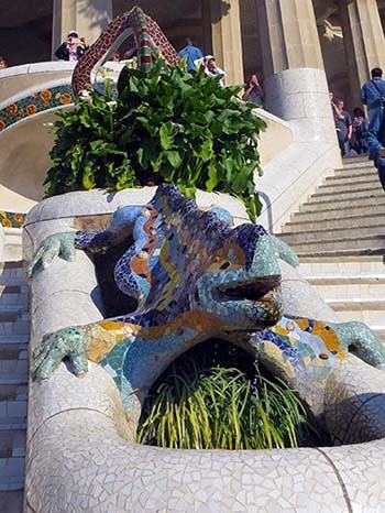 drago parc guell